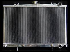 Радиатор охлаждения двигателя. Nissan Skyline, BNR32, ECR32, ER32, FR32, HCR32, HNR32, HR32, YHR32 Nissan Laurel, HC33, HCC33 Nissan Cefiro, A31, CA31...