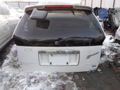 Дверь багажника. Mitsubishi Chariot Двигатель 4G64