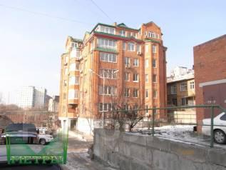 Места парковочные. улица Абрекская 8в, р-н Центр, электричество. Вид снаружи