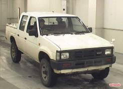 Капот. Nissan Datsun