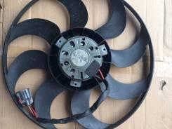 Вентилятор охлаждения радиатора. Ford Focus, CB8 Двигатели: PNDA, XTDA, XQDA, UFDB, M8DB, IQDB, M8DA