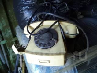 Домашний телефон времён СССР