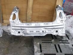 Задняя часть автомобиля. Toyota Prius, NHW20
