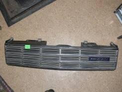 Решетка радиатора. Nissan Laurel, HC32