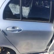 Дверь задняя правая Toyota Vitz 90