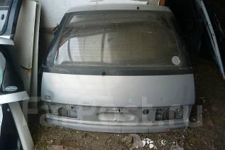 Дверь багажника. Toyota Estima Lucida, CXR10G