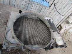 Радиатор охлаждения двигателя.