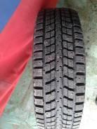 Dunlop SP Winter ICE 01. Зимние, шипованные, 2014 год, износ: 5%, 2 шт