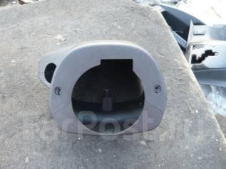 Панель рулевой колонки. Toyota Hiace, KDH206V