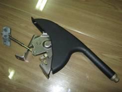 Ручка ручника. Honda Civic Ferio, ES1, ES3, ES2