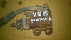 Цилиндр сцепления рабочий. Nissan Maxima Двигатель VQ30DE