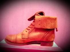 Ботинки. 37