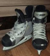 Коньки. размер: 25, хоккейные коньки
