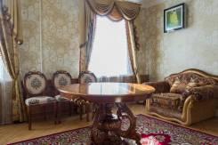2-комнатная, Знаменщикова 16. Центральный, агентство, 50кв.м.