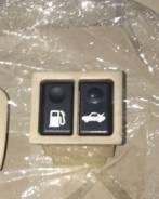 Кнопка открывания багажника. Toyota Progres