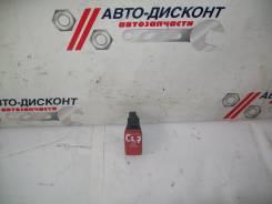 Кнопка аварийной сигнализации Honda Accord, передняя