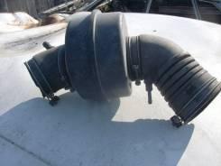 Резонатор воздушного фильтра. Toyota Crown, GS131