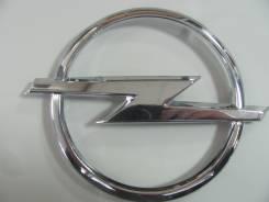 Эмблема решетки. Opel Astra