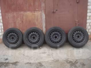 ЛЕТО 2013 год. Dunlop 195/65R15. Износ 5 %. Диски 5Х114.3. Б/П по РФ. 5.5x15 5x114.30 ET45 ЦО 65,0мм.