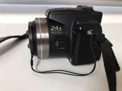 Panasonic Lumix DMC-FZ100. 10 - 14.9 Мп, зум: 14х и более