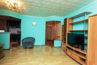 3-комнатная, улица Аллея Труда 60. центральный, 50кв.м.