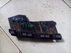 Крепление противотуманной фары. Nissan Tiida, JC11, SC11, NC11, SC11X, C11, C11X