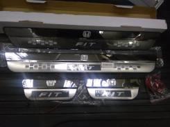 Накладка на порог. Honda Fit