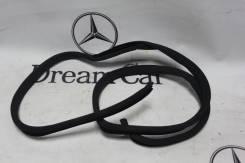 Уплотнитель двери багажника. Mercedes-Benz E-Class, W210