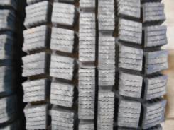 Dunlop DT-2. Зимние, без шипов, 2011 год, износ: 10%, 2 шт