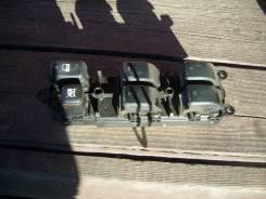 Блок управления стеклоподъемниками. Toyota Opa, ZCT10, ZCT15, ACT10 Toyota Allion, ZZT245, ZZT240, AZT240, NZT240 Toyota Premio, ZZT240, AZT240, NZT24...