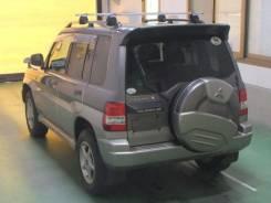 Крепление двери багажника. Mitsubishi Pajero iO, H67W, H77W, H66W, H76W, H61W, H72W, H62W, H71W Mitsubishi Pajero Mini, H58A