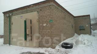Гаражи капитальные. улица Карбышева 52, р-н БАМ, 18 кв.м., электричество, подвал.
