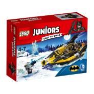 LEGO Игрушка Джуниорс Бэтмен против Мистера Фриза