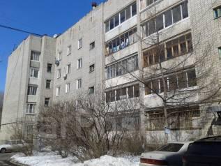 Обменяю 4-х комнатную квартиру на 2-х комнатную в районе 3-й гимназии. От агентства недвижимости (посредник)
