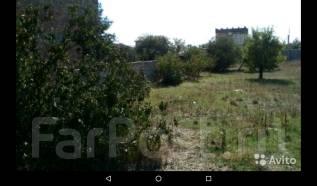 Продам участок 4 сотки с готовым фундаментом. 400 кв.м., собственность, электричество, вода, от частного лица (собственник)