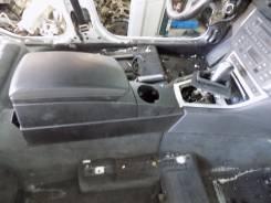 Подлокотник. BMW X3, E83