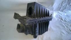 Корпус воздушного фильтра. Nissan Maxima Nissan Cefiro, A32 Двигатель VQ30DE
