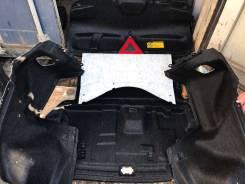Обшивка багажника. Toyota Crown, GRS204