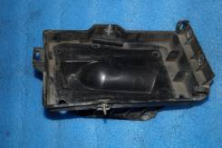 Крепление аккумулятора. Chevrolet TrailBlazer
