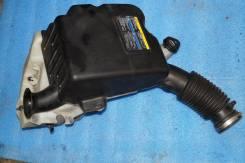 Корпус воздушного фильтра. Chevrolet TrailBlazer, GMT360 Двигатель LL8