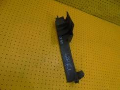Дефлектор радиатора, левый передний