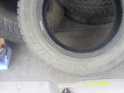 Bridgestone Ice Cruiser 5000. Зимние, шипованные, 2009 год, износ: 10%, 3 шт