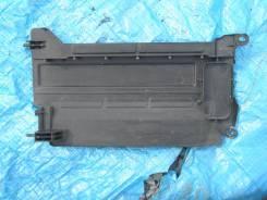 Дефлектор радиатора. Toyota: Vitz, Ractis, Yaris, ist, Belta, Scion Двигатели: 1NZFE, 2NZFE, 2ZRFE