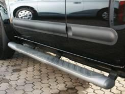 Накладка на дверь. Nissan Pathfinder