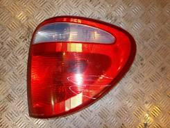 Фонарь задний правый Dodge Caravan 2001-2008