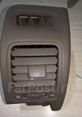 Решетка вентиляционная. Toyota Progres, JCG10