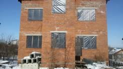 Предлагается 2-х этажный коттедж с земельным участком. Улица Бородинская 98, р-н Железнодорожный, площадь дома 210 кв.м., электричество 15 кВт, от ча...