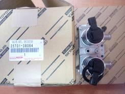 Электроклапан управления подачи воздуха Toyota 25701-38064