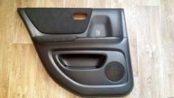 Обшивка двери. Toyota Kluger V, ACU25, MCU20, ACU20, MCU25 Двигатели: 2AZFE, 1MZFE