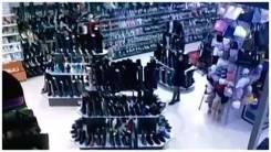Продавец-консультант. Требуется продавец-консультант в магазин обуви Calista г.Арсеньев. Улица Новикова 30/1